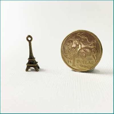 eiffel tower metal charm