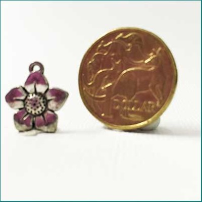 smal flower metal charm